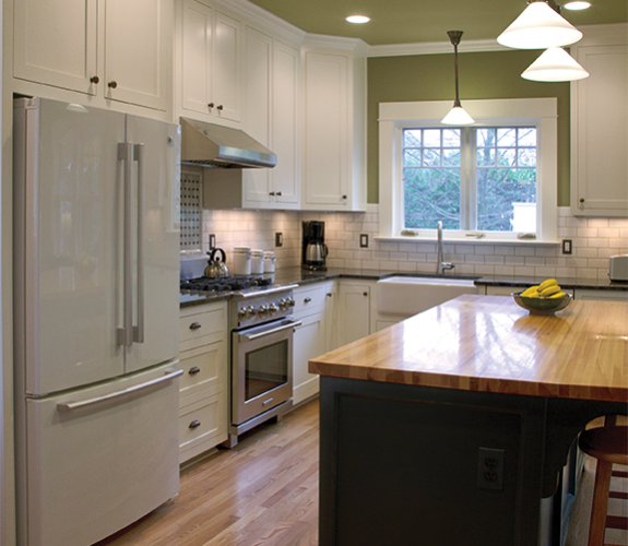 kitchen fridge & island